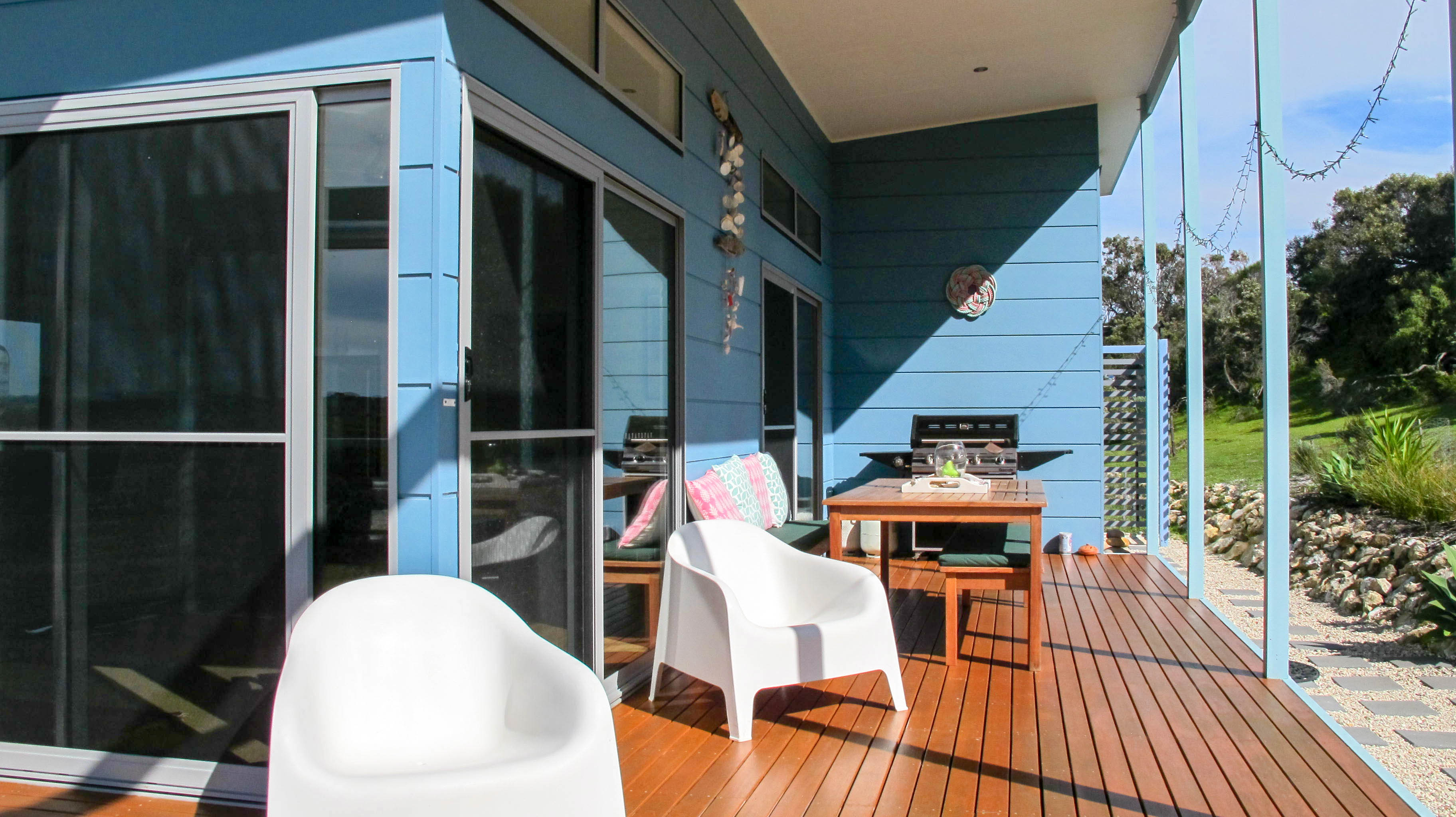 emu bay holiday rental decking