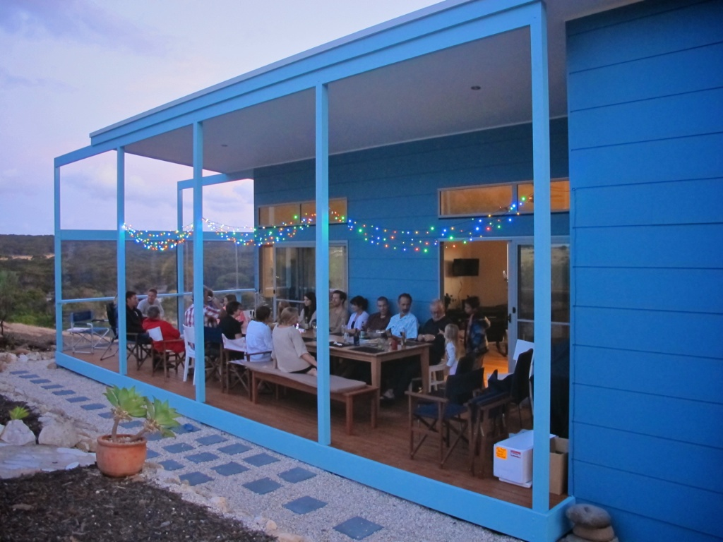 emu bay accommodation party