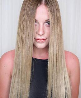 Gepflegtes, langes Haar, Haarfarbe, glattes Haar, Haarpflege