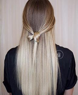 Balayage, Haarknopf, kühle Haarfarbe, Coifeur Luzern, Coiffeur Resultate