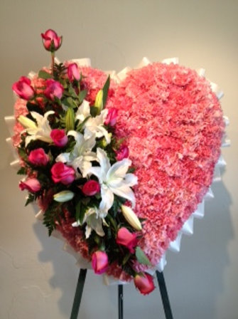 "28"" Funeral Spray in Heart shape with arrangement attach (SF 005)"