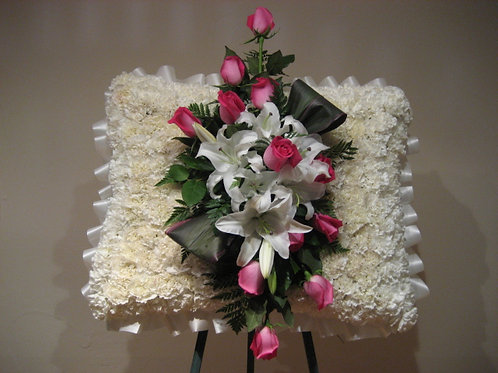 Funeral arrangement in Pillow shape (SF 036)