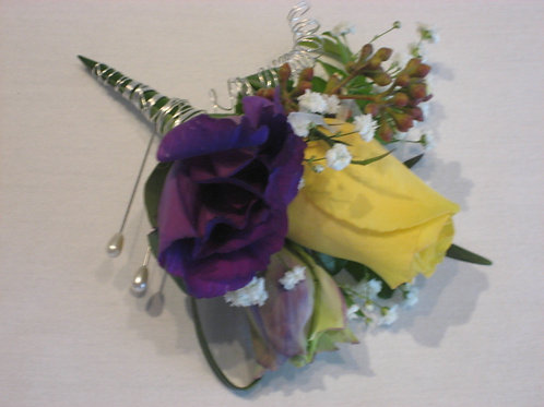 Boutonniere (WE 012)