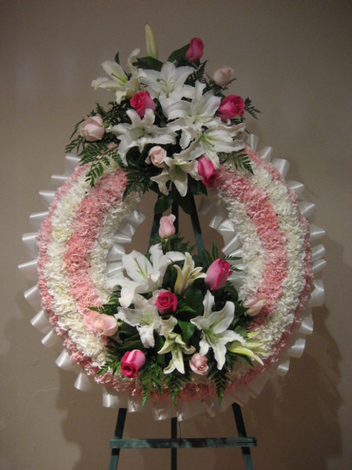 """31"""" funeral wreath with 2 arrangement attach (SF015)"""