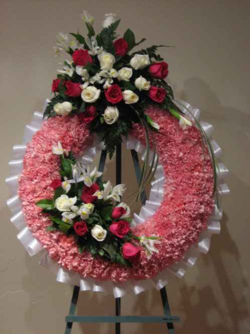 "31"" Funeral Wreath with 2 arrangement (SF 013)"