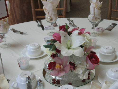 Flower arrangement for guest table (WE 014)