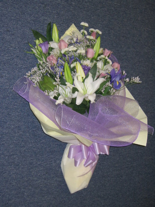 Mix Bouquet in Hong Kong Style Wrapping (HK 011)