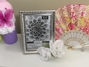 DIY - Floral Picture Frame; The Mother's Day Edition