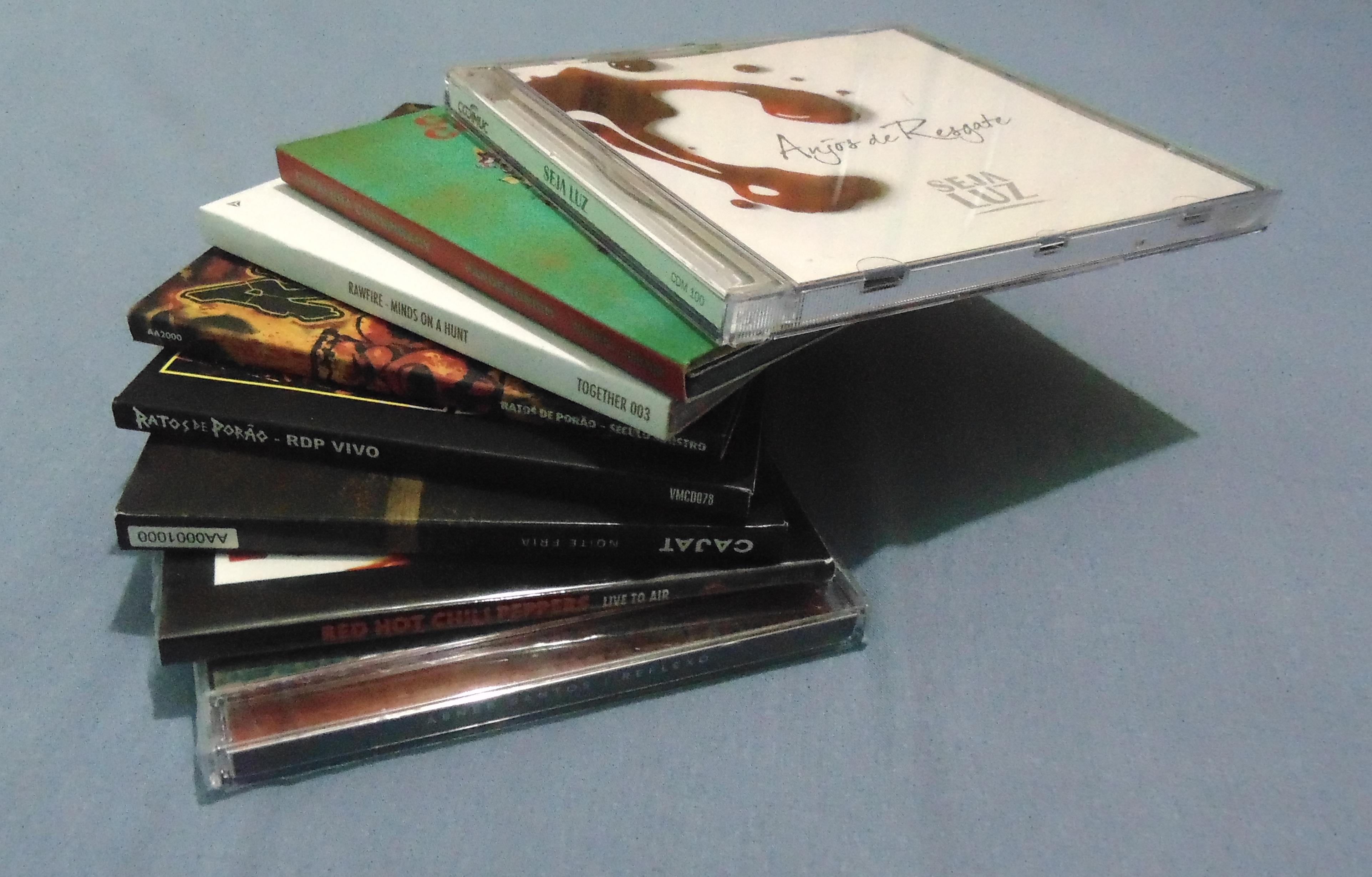 Varios CDs.jpg