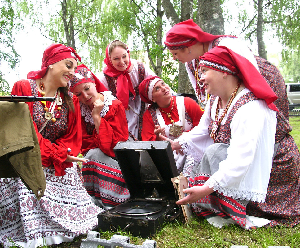 Folklornyy_ansabl_Uzaren_DK_sudostroitel