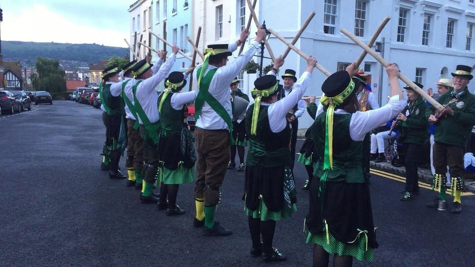 Ring o' Bells (Lichfield tradition)