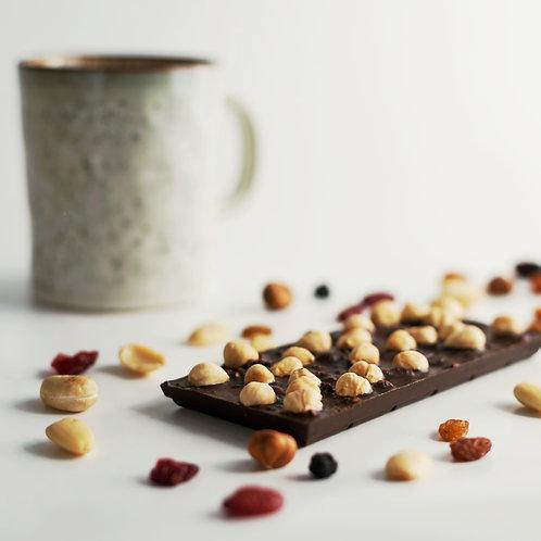 Натуральный шоколад на основе кэробе с фундуком 100гр
