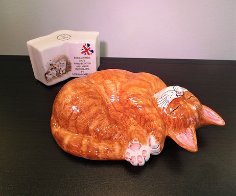 Babbacombe Pottery Collectable Ceramic Sleeping Ginger Cat