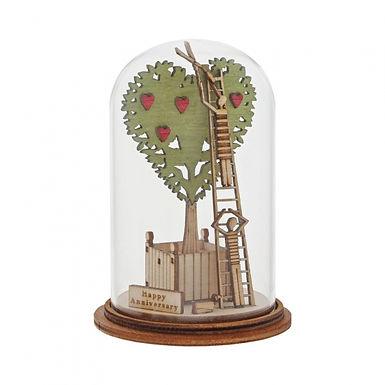 Happy Anniversary Figurine, Kloche Tiny Town