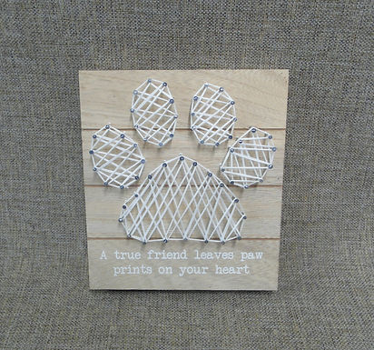 Cat Or Dog Lover String Art Paw Print Picture