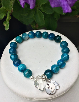apatite crystal healing bracelet.JPG
