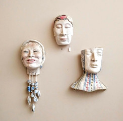 Small hanging heads