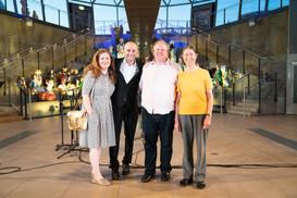 At a London Oriana five15 concert with Dominic Ellis-Peckham, a choir member and composer Jennifer Fowler (photo © Kathleen Holman)