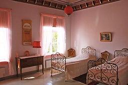 Virtaan kartano, punainen huone