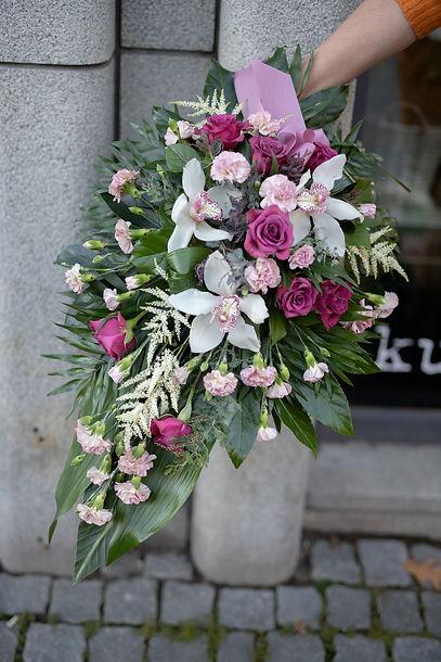Kukkakauppa Neilikka kukkavihko