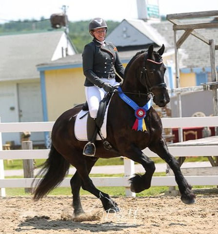 Anna de Boer riding Jelmer from Middlebrook