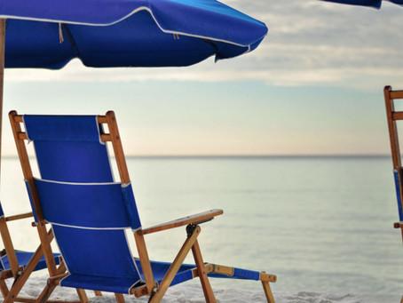 Can I Rent Beach Chairs in Miramar Beach?