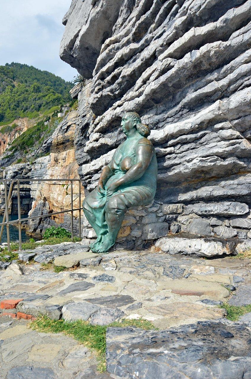 statua-mater-naturae