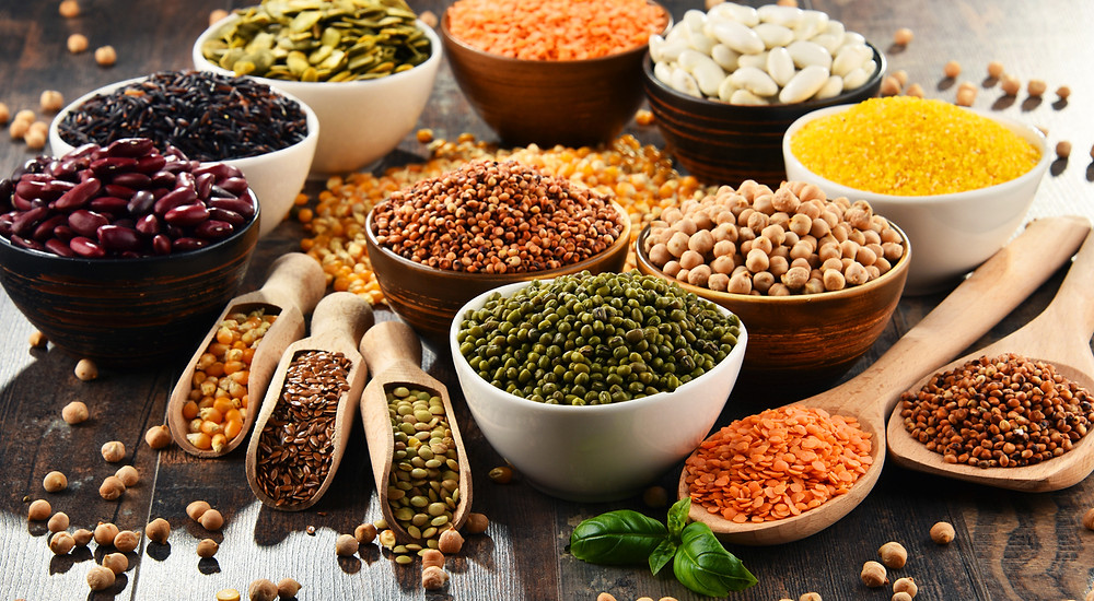 Table of various legumes, different types of beans