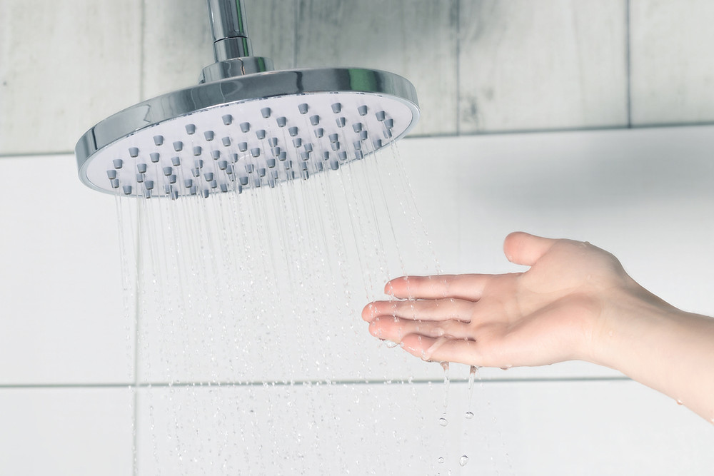 Showering to boost mood, cold showers, showers and mental health