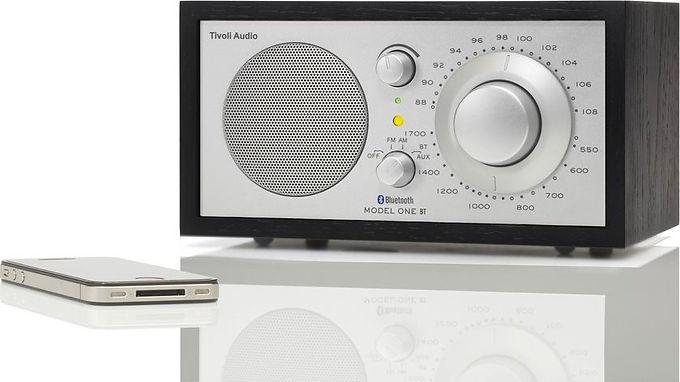 Tivoli Model One BT Bluetooth / FM / AM / Table radio Black/Silver