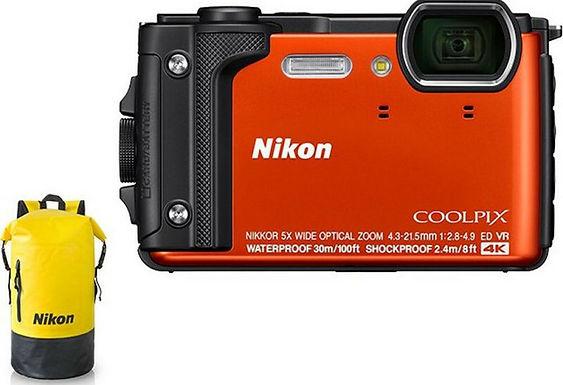 Nikon Coolpix W300 Kit vacanze arancio