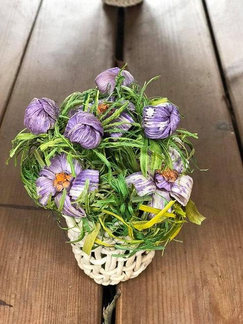 Decorazione vaso con fiori lavorata a mano