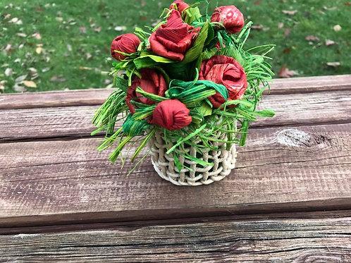 Decorazione vaso con fiori lavorato a mano