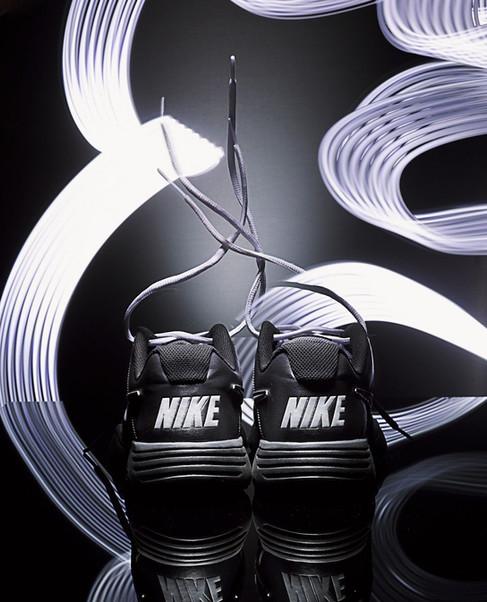 Nike_0645_Flat.jpg