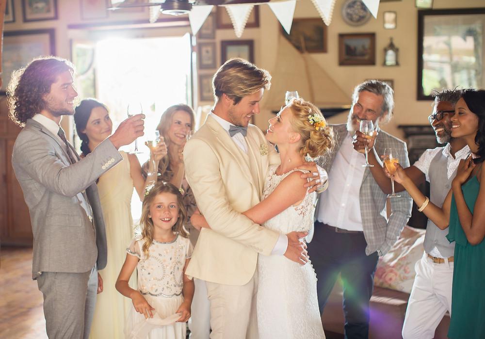 actividades para niños en bodas, diversion para niños en bodas, bodas barcelona, animador para bodas, animadores de baile para bodas, espectaculos originales para bodas, espectaculos para bodas, animacion bodas barcelona, bodas net, animacion para niños en bodas, animacion bodas ideas