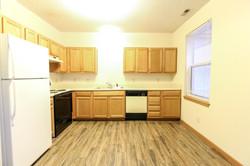 408-H Kitchen (1 of 1).jpg