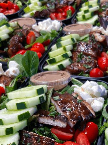 Balsamic-Chicken-Caprese-Salad-meal.png