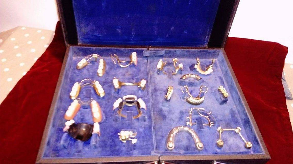 French/German antique mobile orthodontic set