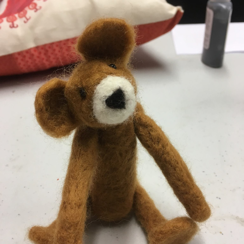 Needlefelting teddy experience
