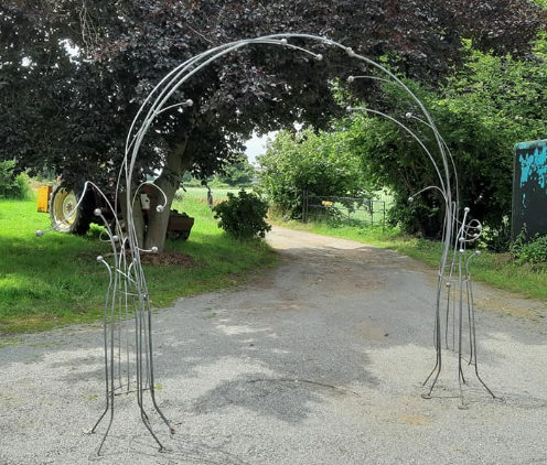 8.5ft archway