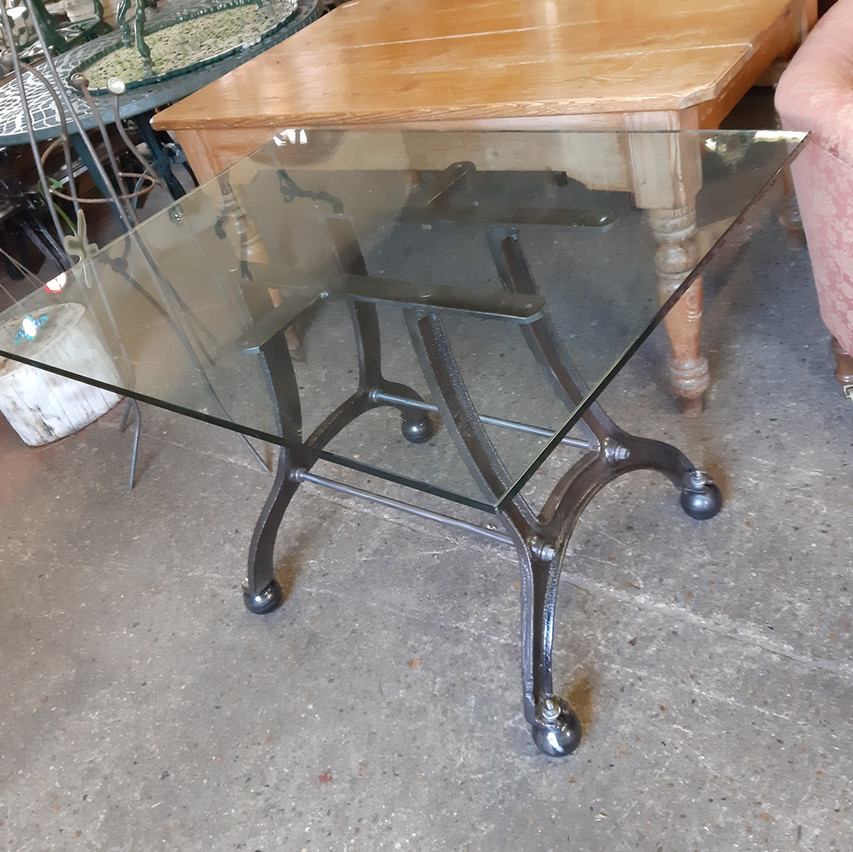 Industrial-style table/glass top