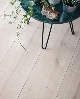 Laminate Flooring V2.jpg