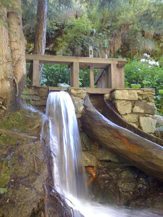Moulin-du-Valsorey-Chute-d-eau.jpg