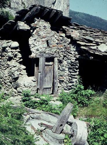 Moulin-du-Valsorey-Ruine1.jpg