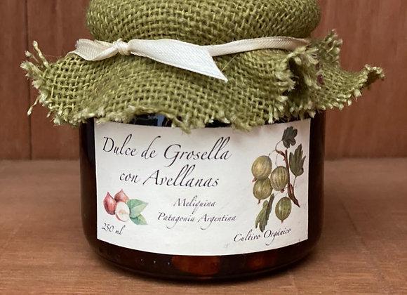 Dulce de Grosella con Avellanas
