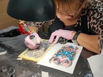 Curso de tatuaje trimestral, la última novedad en ESAP