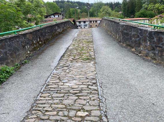 Puente Romano Zubiete.jpg
