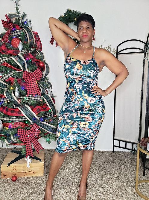 Bodied Dress Halter Dress < L >