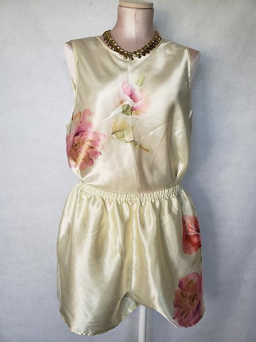 Liz Claiborne Pajama Set  < 14/16 >