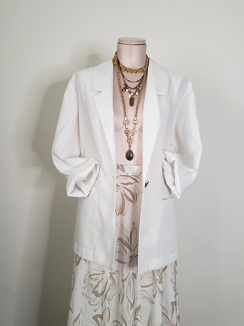 White Vintage Blazer < 8 >